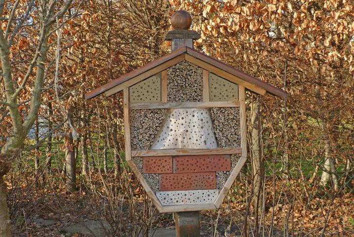 ein insektenhotel selbst bauen teil 3 salmi j w d. Black Bedroom Furniture Sets. Home Design Ideas